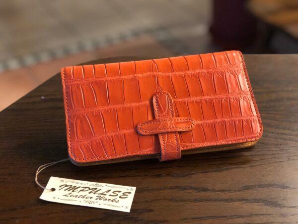 エレガントなクロコダイルの財布