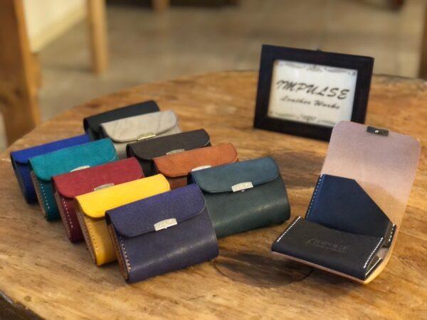 お札・小銭・カードも入るお洒落で便利な小さい財布